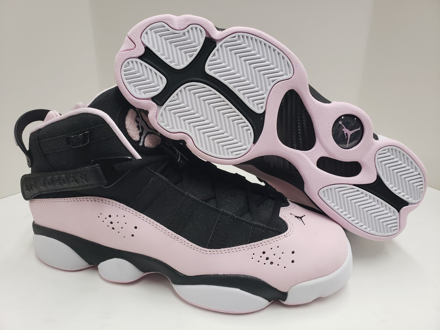 d84ffcaec963 NIB Girls Nike Jordan 6 Rings (GS) Black Pink Foam Anthracite 323399 ...